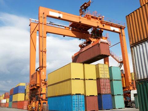 Купить контейнерный козловой кран в Китае