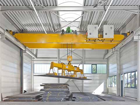 Двухбалочный магнитный мостовой кран продам в Китае